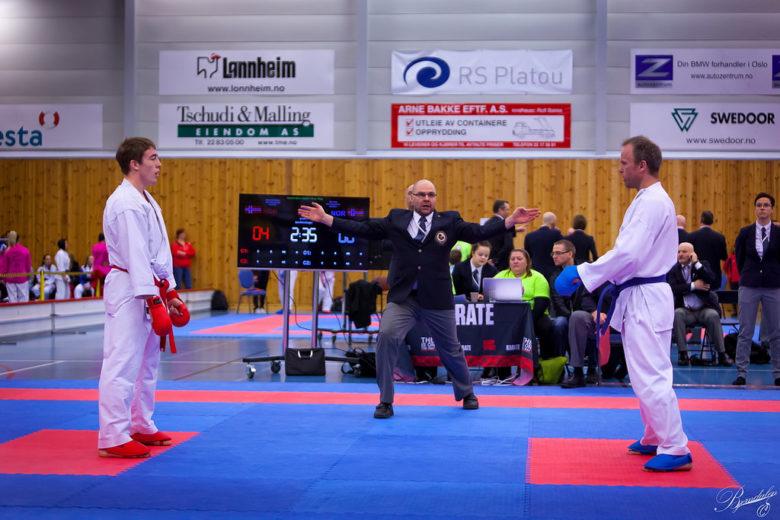 Slik er det å være karatedommer - thumbnail