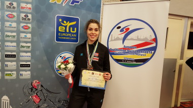 Tina Røe Skaar sikret taekwondo OL-plass i Rio - thumbnail