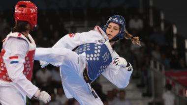 Bli med på jentecamp i taekwondo - thumbnail