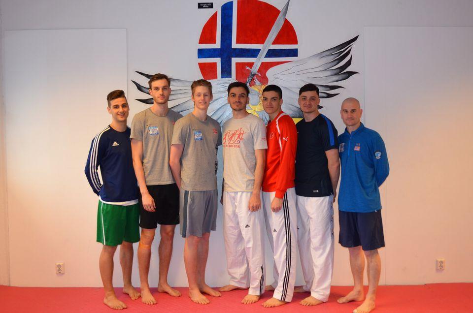 Ettertraktet taekwondo-landslag - thumbnail