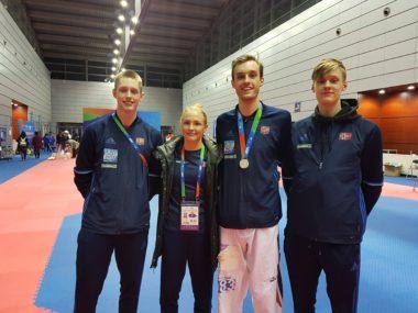 Historisk taekwondo-prestasjon av Norge i Kina - thumbnail