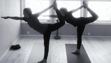 Innledet året med yoga-camp - thumbnail