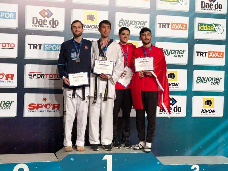 Taekwondo-landslaget på medaljetokt i Tyrkia - thumbnail