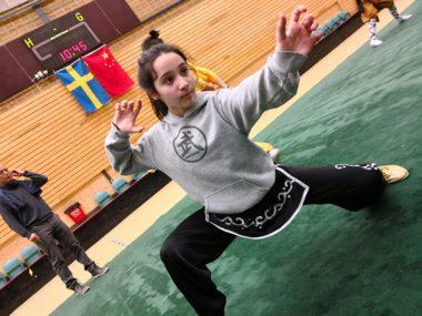 Lara Kutluca vant to gull i det svenske mesterskapet i wushu i helgen - thumbnail